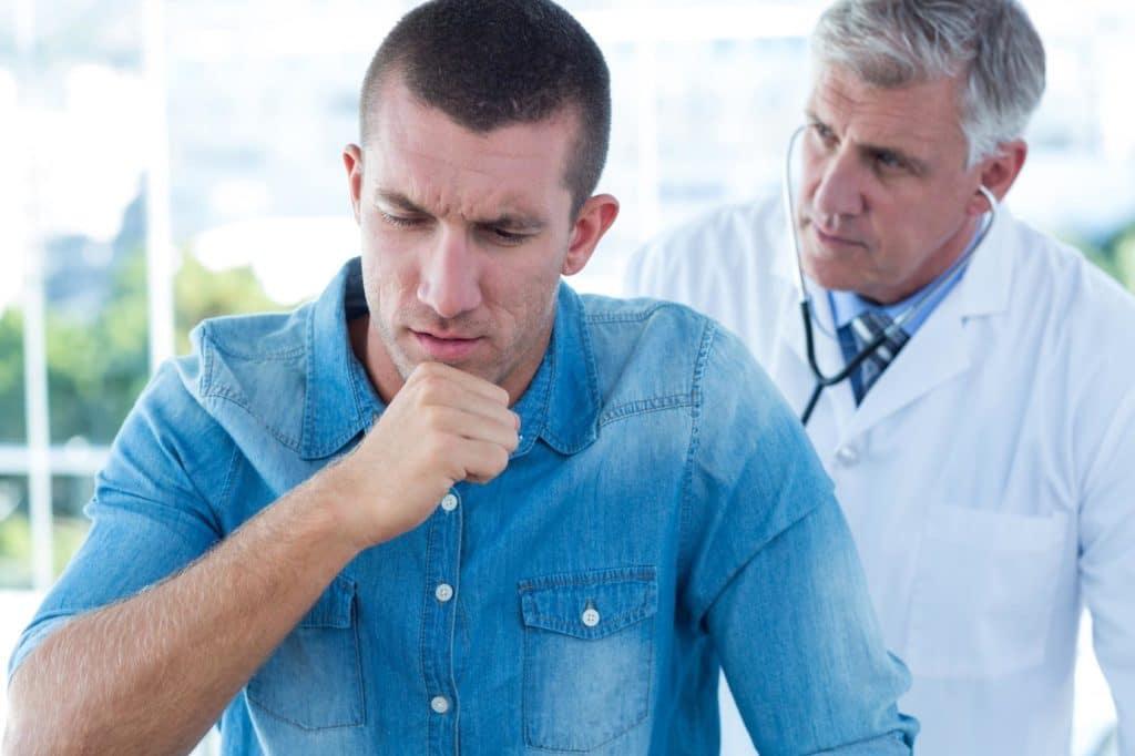 Одним из симптом пневмонии у ВИЧ инфицированных больных является непродуктивный кашель
