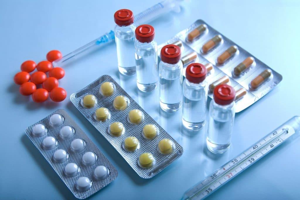 Комплексное медикаментозное лечение