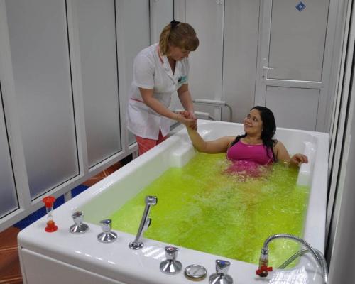 Лечебная ванна для лечения грыж и протрузий позвоночника