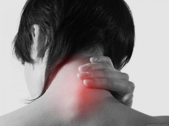 Онемение рук встречается у 30-35% больных остеохондрозом шеи