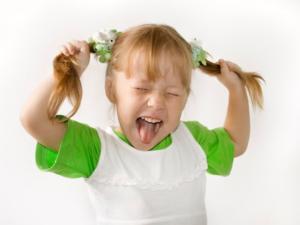 Чем эффективно лечить истерики у ребенка 3 лет