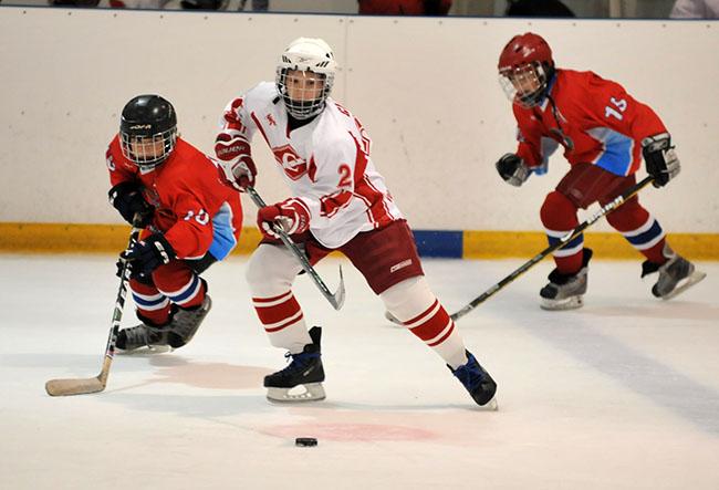 Хоккей противопоказан при грыже позвоночника