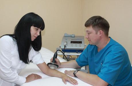 Проведение УЗИ диагностики локтя