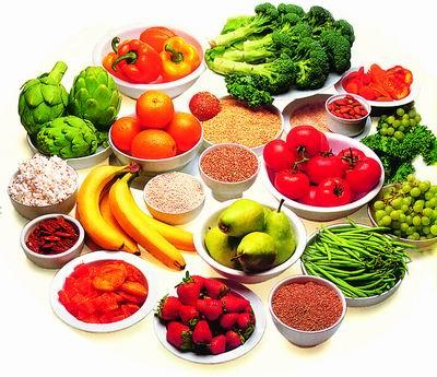 Пища, богатая витаминами, которые крайне полезны при позвоночных грыжах и протрузиях
