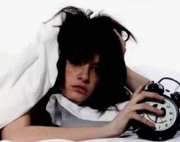 Страдают от эмоционального расстройства из-за плохого качества сна