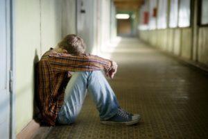 Симптомы и лечение подростковой депрессии