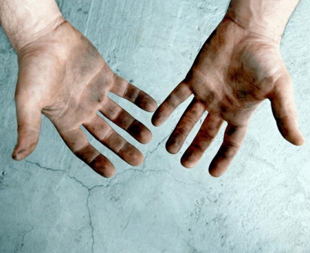 Через грязные руки
