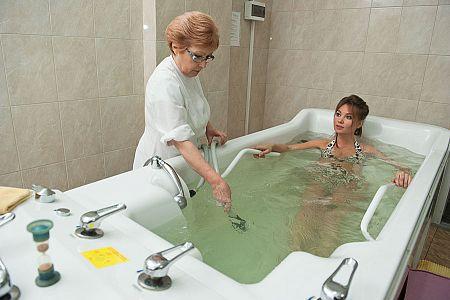 Радоновая ванна для лечения грыжи спины