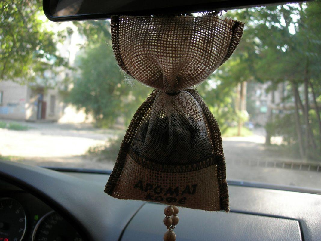 Как сделать натуральный кофейный ароматизатор в машину? Избавляемся от химических отдушек