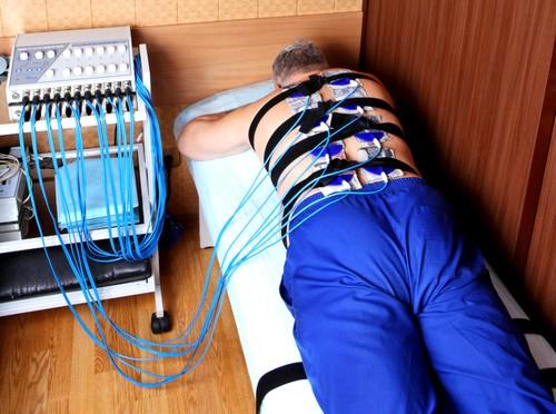Проведение электрофореза при грыжах спины
